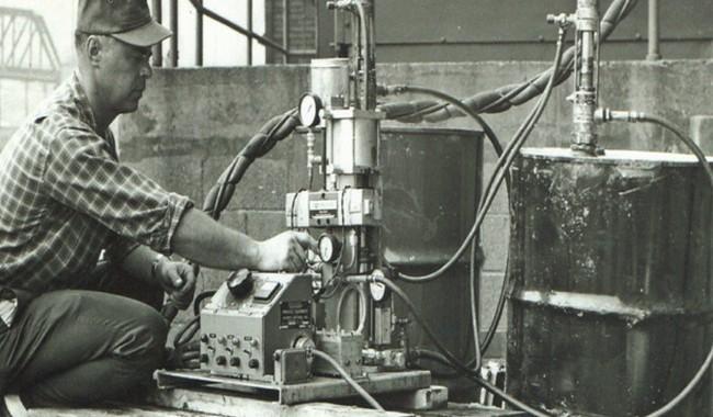 Machine de pulvérisation de mousse d'uréthane